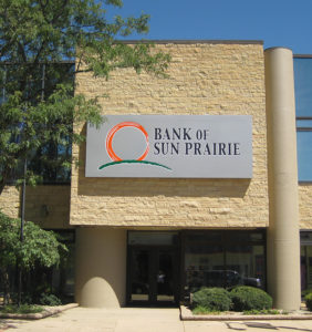 Bank Sun Prairie Personal Banking Exterior Building
