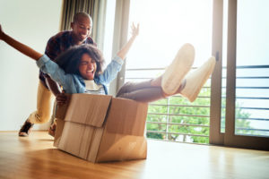Local Mortgage Lender Couple Moving In